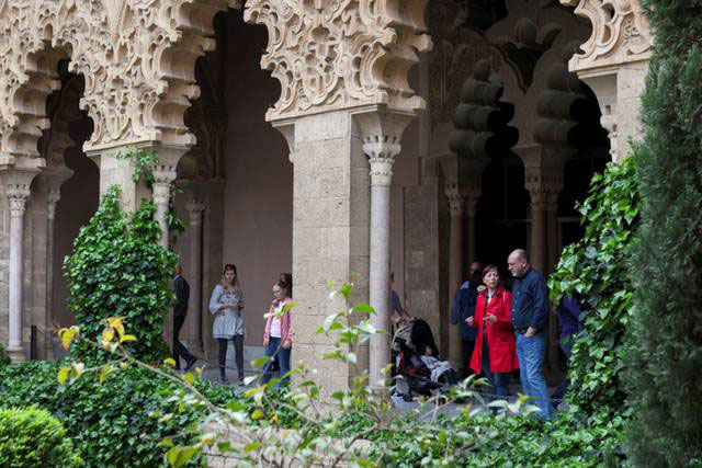 islam zaragoza palacio aljaferia