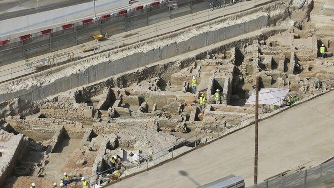 El PSOE presenta moción para salvar los restos arqueológicos musulmanes hallados en la obra del metro de Málaga