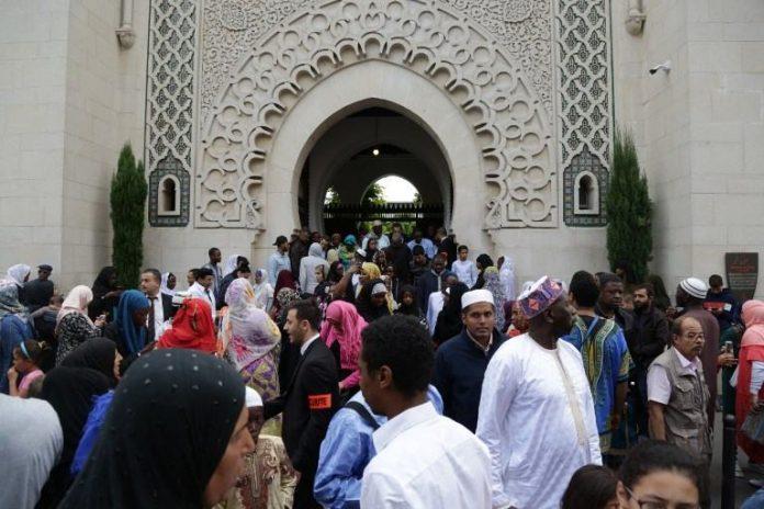 Musulmanes franceses, los más practicantes