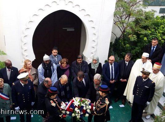 Ministro del Interior francés en la Mezquita de París