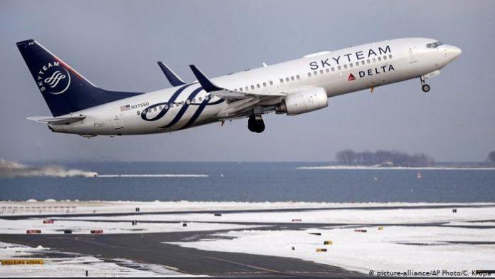 Delta Air Lines multada con 50.000 dólares por actos de discriminación contra musulmanes