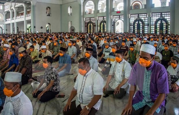 Fieles en una mezquita indonesia
