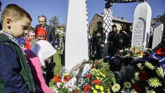 Homenaje a Alija Izetbegovic en Sarajevo