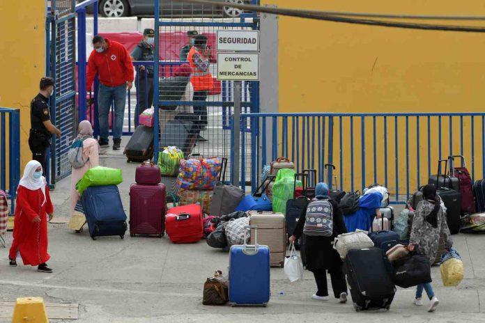 Marroquíes en la frontera