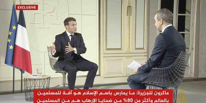 Macron en la entrevista con Al Yazira