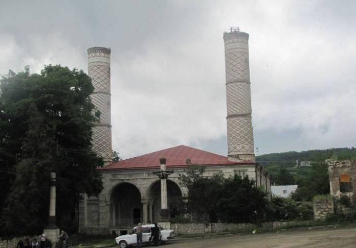 Mezzuita de Karabaj en ruinas