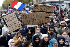 Manifestación de musulmanes en París