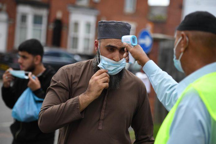 Musulmanes británicos llamados a tomar medidas de precaución contra la Covid-19 en Ramadán