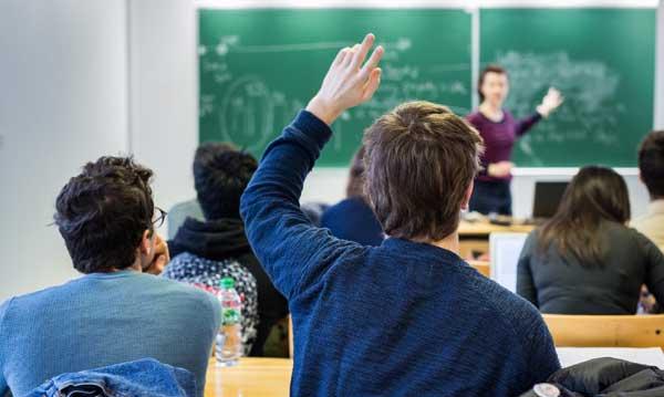 Gobierno de Ontario subvencionará programas contra la intolerancia contra los musulmanes en las escuelas