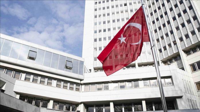 Turquía pide a Grecia que cancele circular que prohíbe a maestros y estudiantes musulmanes realizar sus ritos religiosos