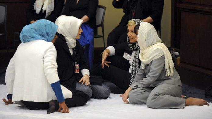 Mujeres musulmanas estadounidenses en una mezquita