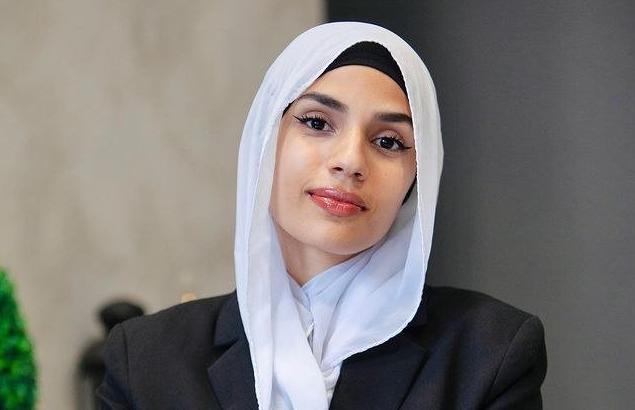 Estudiante musulmana se presenta a las elecciones municipales en Roma
