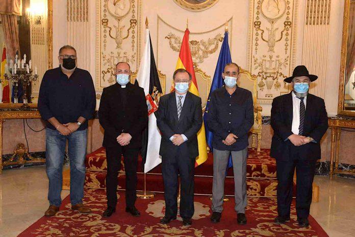 Representantes de las cuatro religiones de Ceuta envían un mensaje de unión
